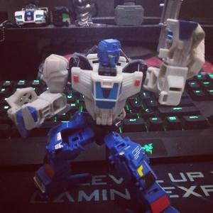Posted on r/transformers: Battletrap! Also, any tips for taking nicer pics of your tfs with a phone camera?